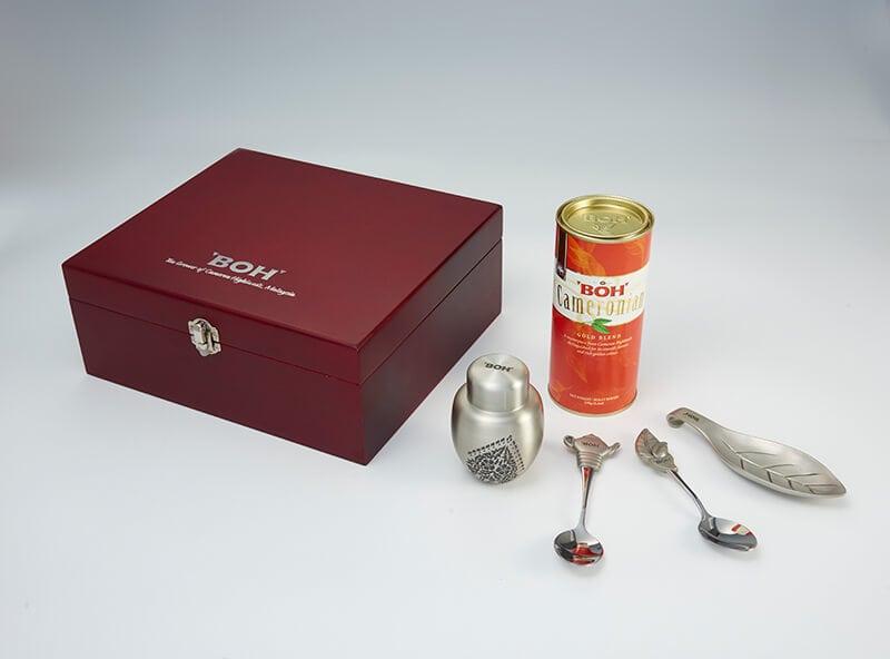 BOH Cameronian Gold Blend Tea Set
